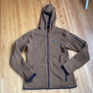 Woman's Patagonia hooded better sweater